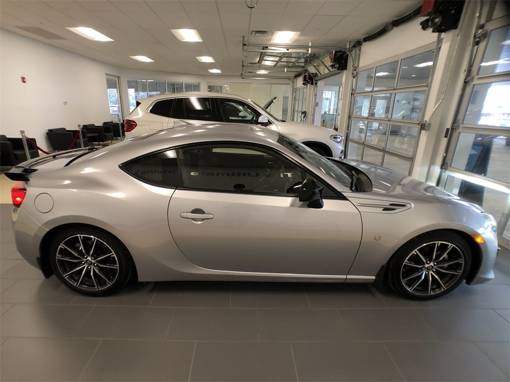 Pre-Owned 2018 Toyota 86 GT