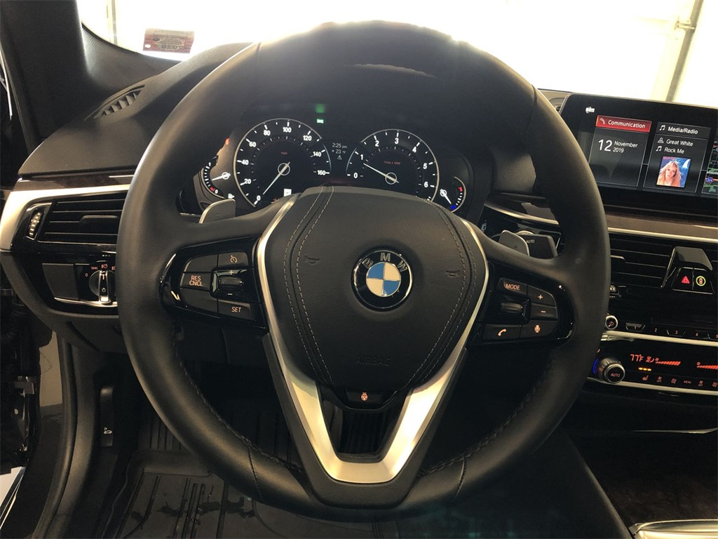 Pre-Owned 2019 BMW 5 Series 530i xDrive