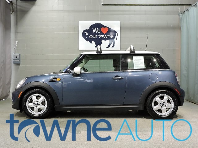 Pre-Owned 2011 MINI Cooper Base